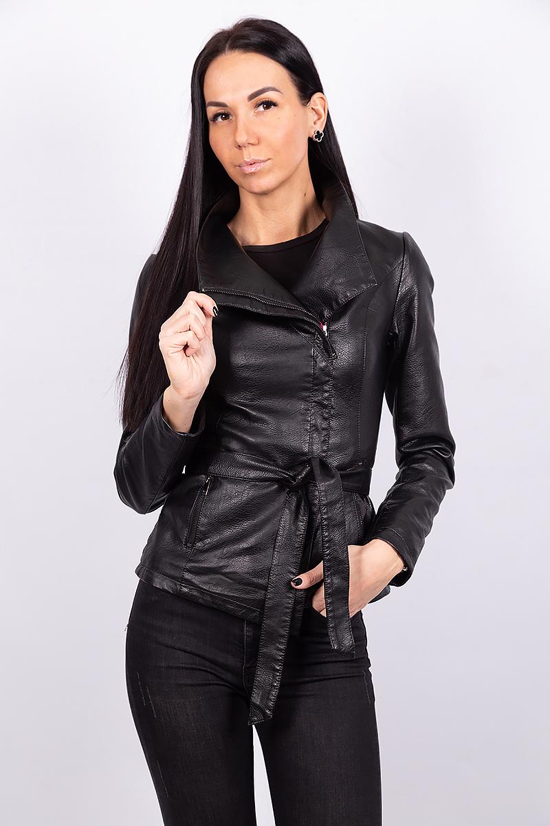 Женская куртка с поясом из экокожи